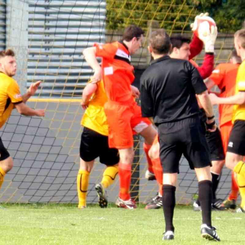Loughborough Dynamo 2 V Scarborough Athletic 1    26/04/2014