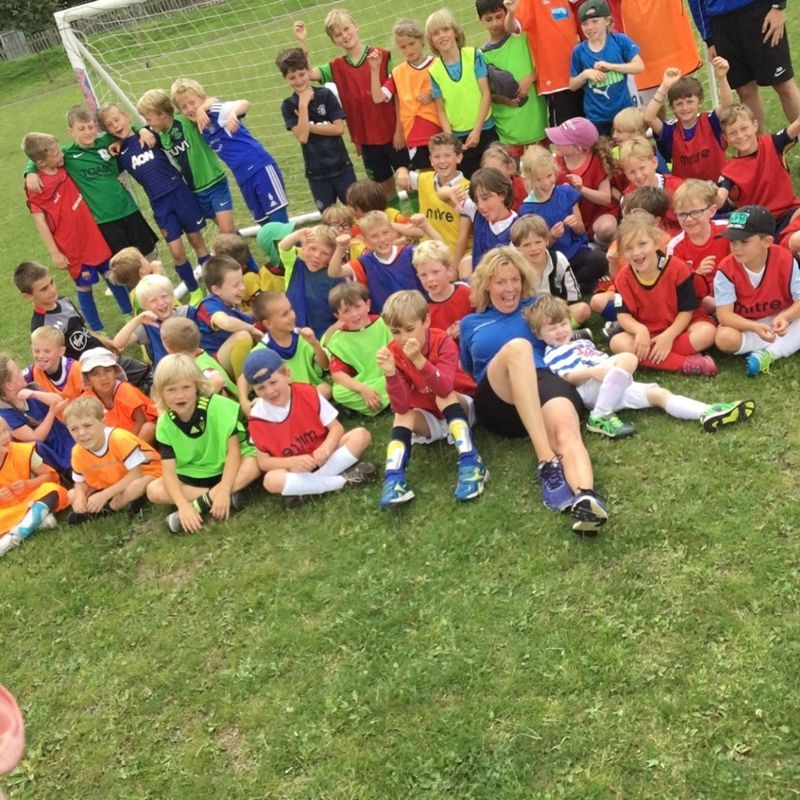 Lions in the Community May Half Term Soccer School Wednesday 31st May - Friday 2nd June 2017