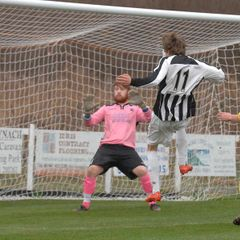 Barmouth & Dyffryn 4 - 0 Nantlle Vale, 17/12/2016Pics by Rod Davies Photography
