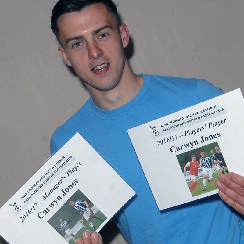 Chairman Huntley given the correct envelope for awards