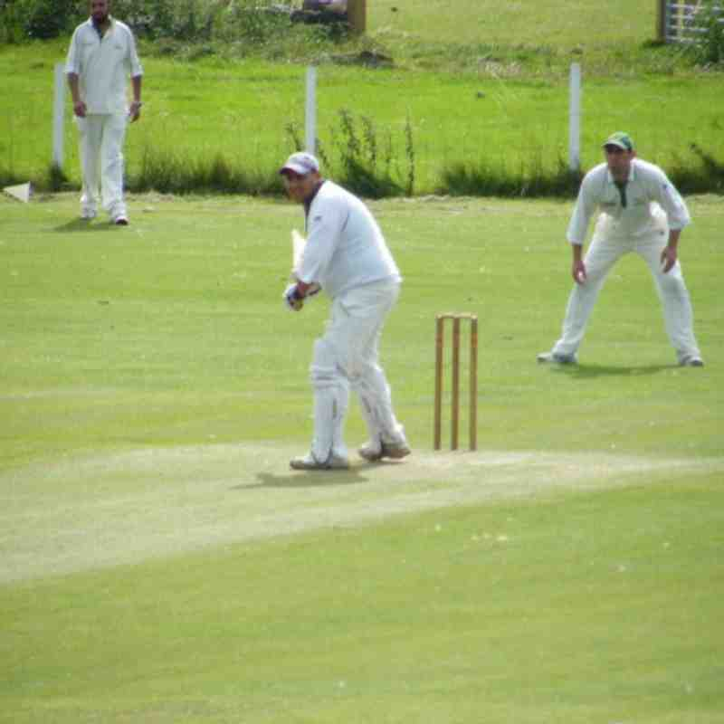1st team Vs Airedale C.C 2011 (away)