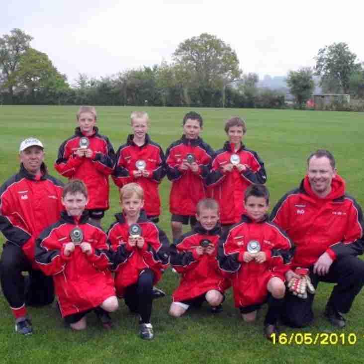 Under 9's win Chippenham Tournament
