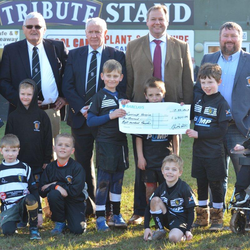 Brixham Rugby Club supports Rowcroft Hospice.