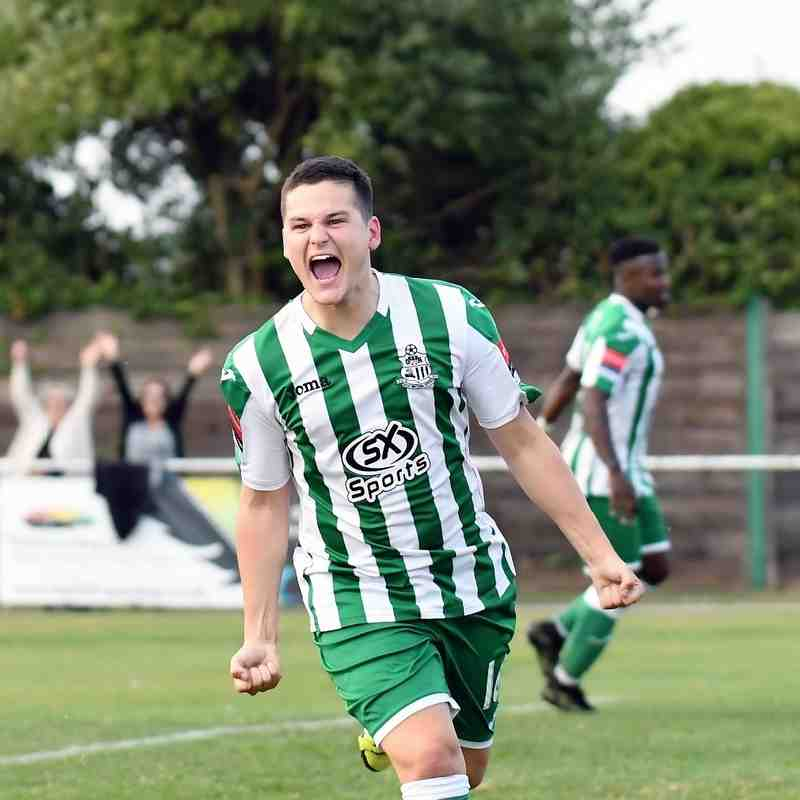 Rovers 2  Thamesmead Town 1 - 24th September 2016 (For full set of match pics visit (https://www.flickr.com/photos/gwroversfc/albums/72157673191065011)