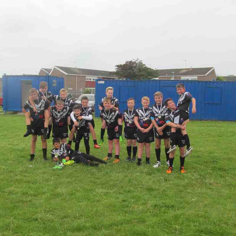 hull all blacks v isberg