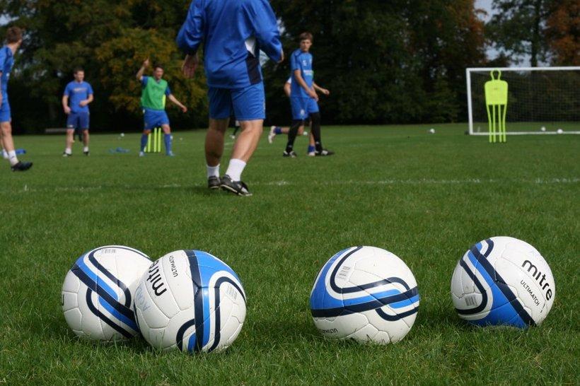 football helps essay