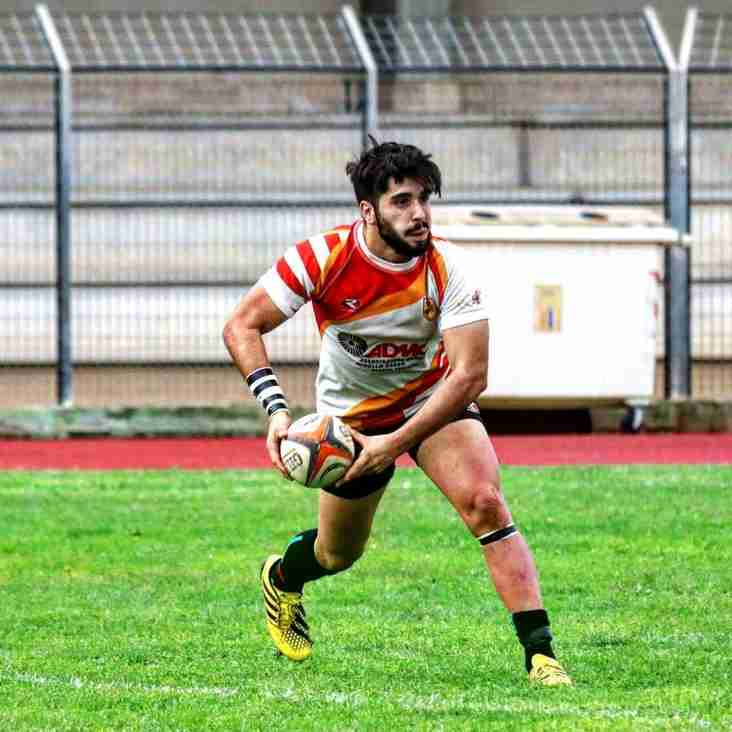 Italian Fly-Half joins the pack