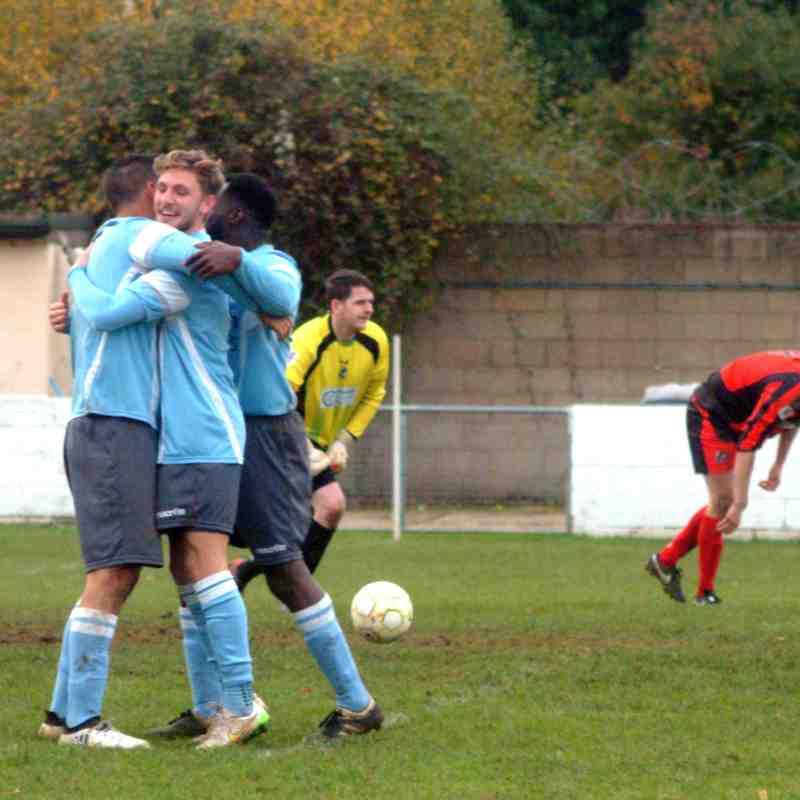 Woodley Utd v Finchampstead