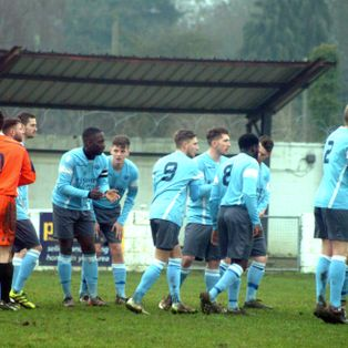 United advance in Perpetua Floodlit cup