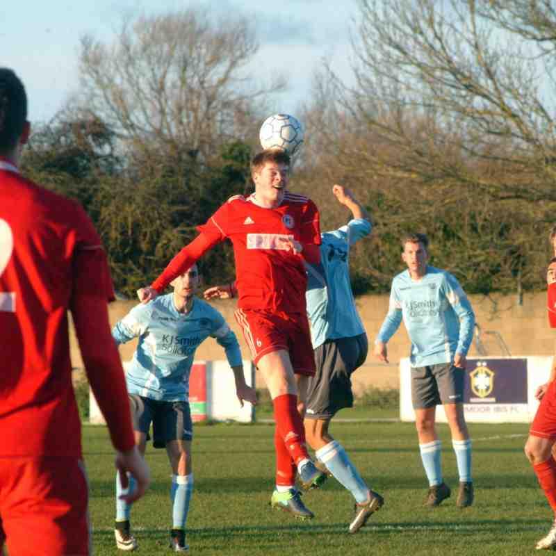Woodley Utd v Fairford
