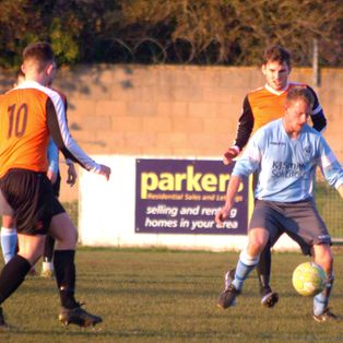 Woodley outclassed by Step Four Fleet Town