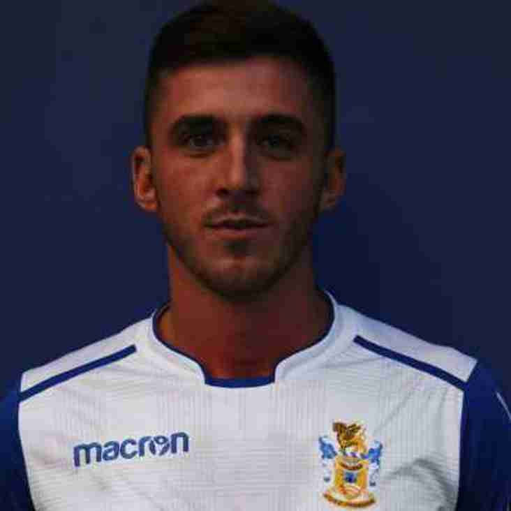 George Doyle Signs for the  Blues