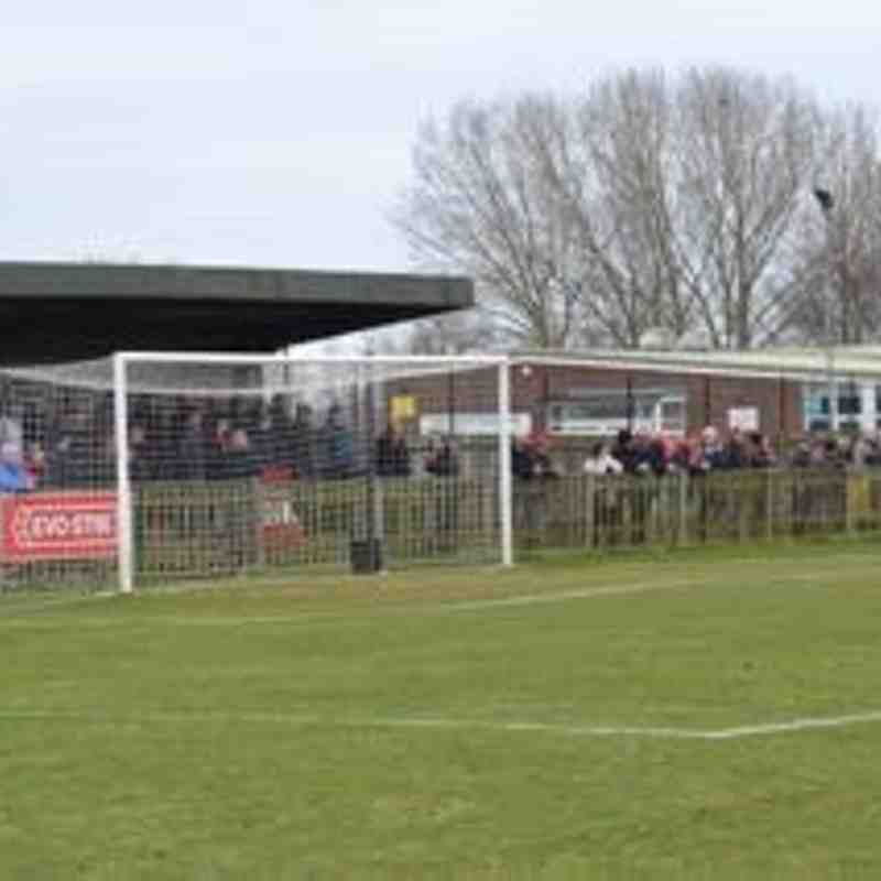 Uxbridge vs Kettering Town - 21st March 2015