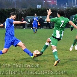 Ten-Man Greens show Grit to Win in Whitton