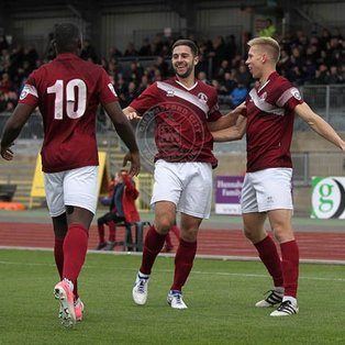 Ten-man Clarets hold on to beat Dartford