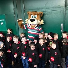 Flag Wavers & Big Boot - Leicester Tigers