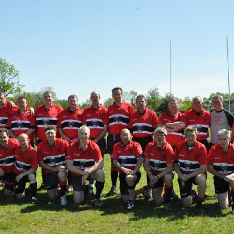Oundle Vets win against the Monks