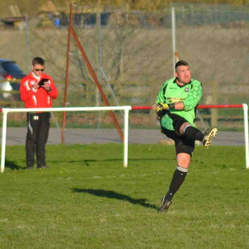 RESERVES v Corwen away 20 Apr 16