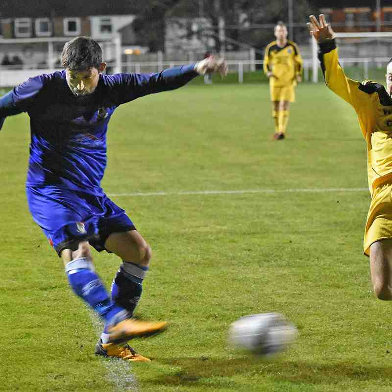 Squires Gate 0-2 Winsford United - Tuesday 6th November 2018