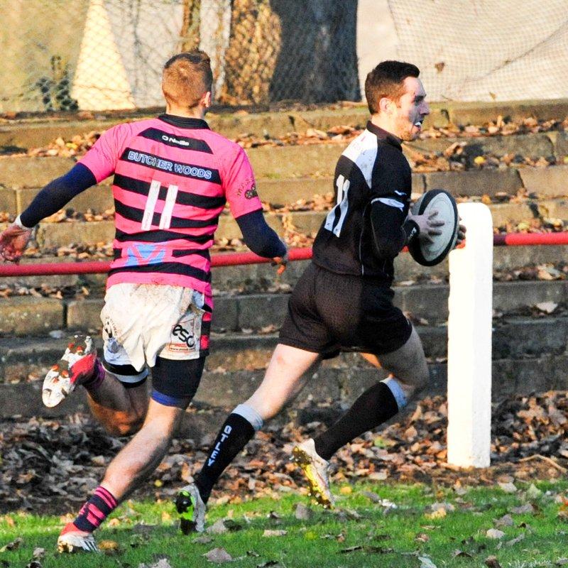 Stourbridge lay seige to Otley's defences, and fail to breach them