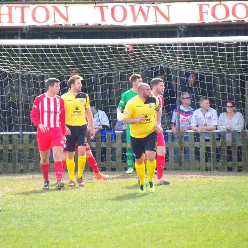 Leighton Town F.C v AFC Rushden & Diamonds - 2nd April 2016