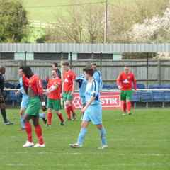 Chalfont St Peter 4 - Leighton Town 2 23/04/16
