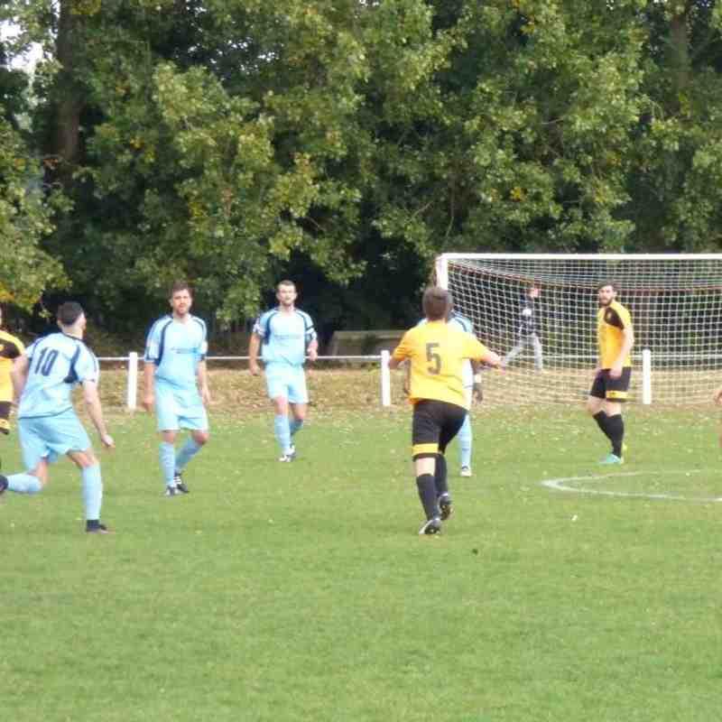 Leighton Town F.C v Stotfold - Sat 15 Oct 2016