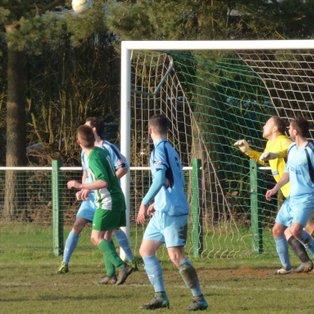 10 Man Holmer Green Take 3 Points