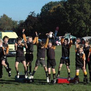 Farnham U10 A's wrestle an historic win at the Camberley Festival