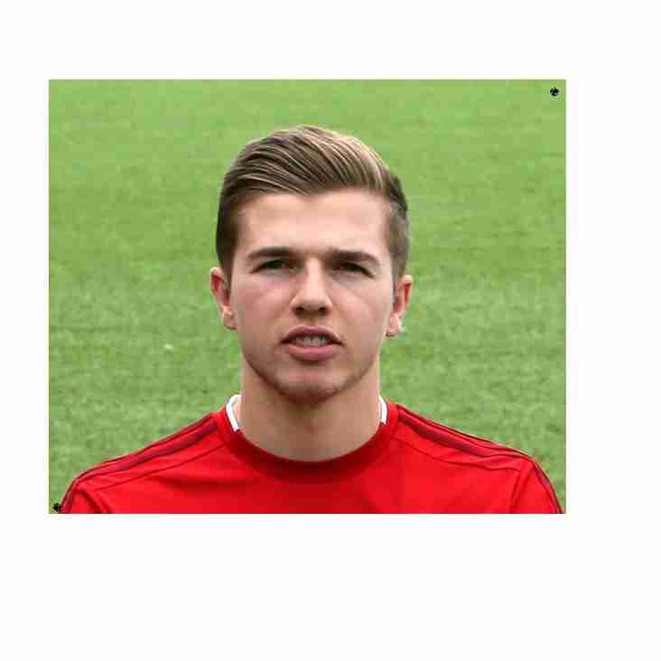 Rocks Snare Ex-Worthing Ace Sparks