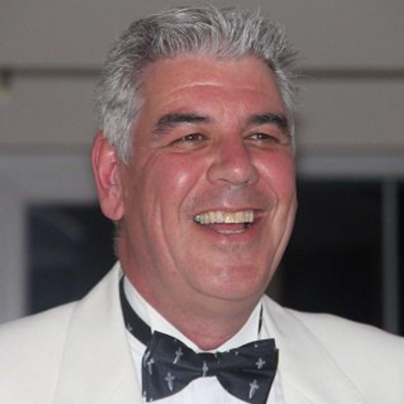 Steve Tew (1957-2017)