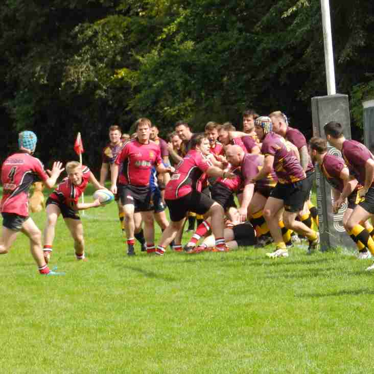 Pre-season wins for Seniors and Colts