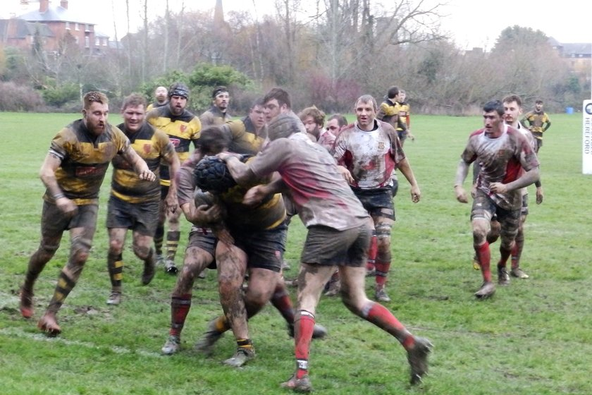 Hereford 12 Droitwich 17