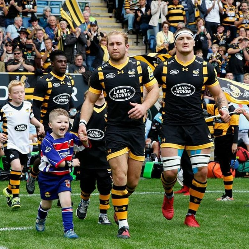 KRFC in lights with Wasps and the Asher family