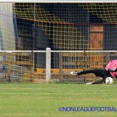 Bedfont & Feltham v Sun Sports 240916 ©JSG