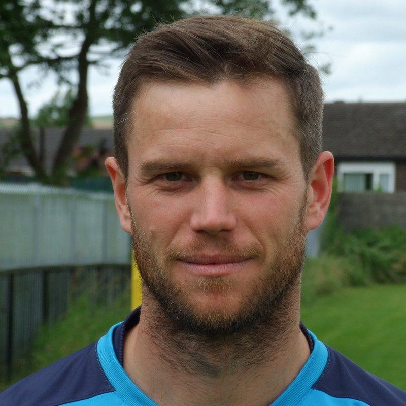 Lyons lands three signings