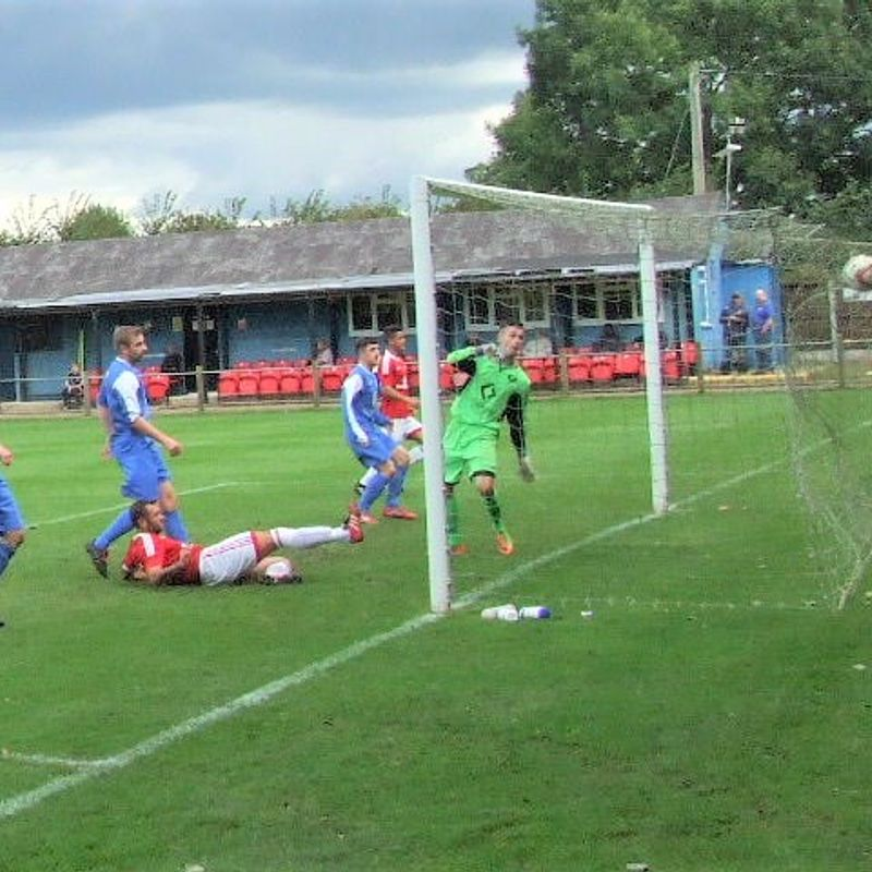Early blitz sees Heys home in eight goal thriller