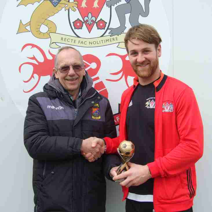 Jake Wood receives Macron 1st Division Player of the Month Award for March