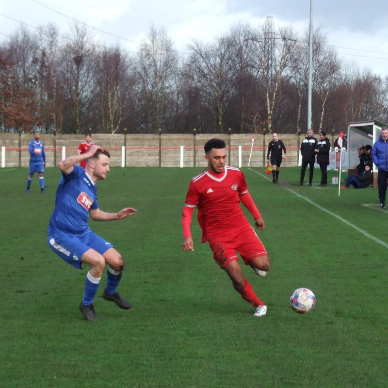 Heys edged out by Longridge
