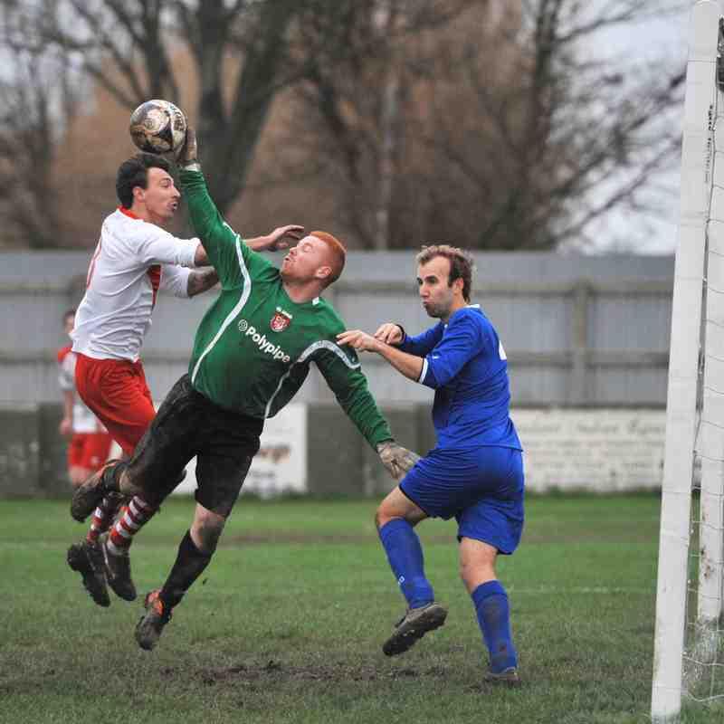 Skegness Town vs HTFC - 06/12/15