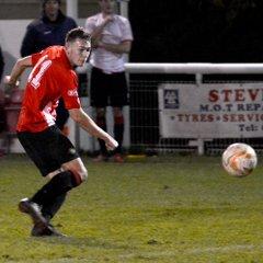 Shortwood v Swindon Supermarine 5/12/17. Courtesy of Martin Stone Photography