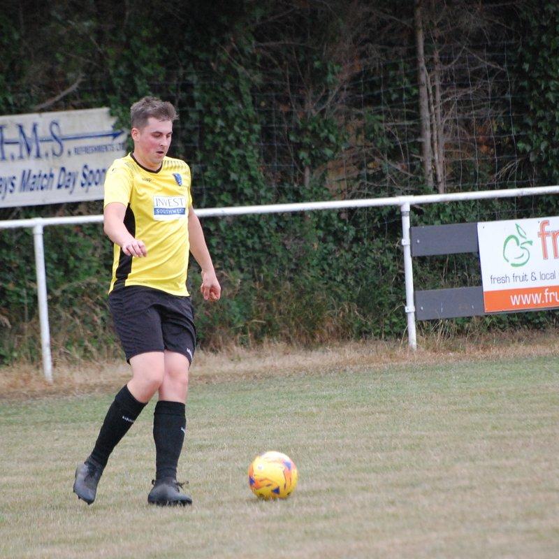 Thomas fires 4 past Local rivals Hanham Ath