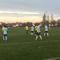 Southend Manor 2 Barkingside 0 - ESL (26/11/2016) thanks to Steve Alison for the photos