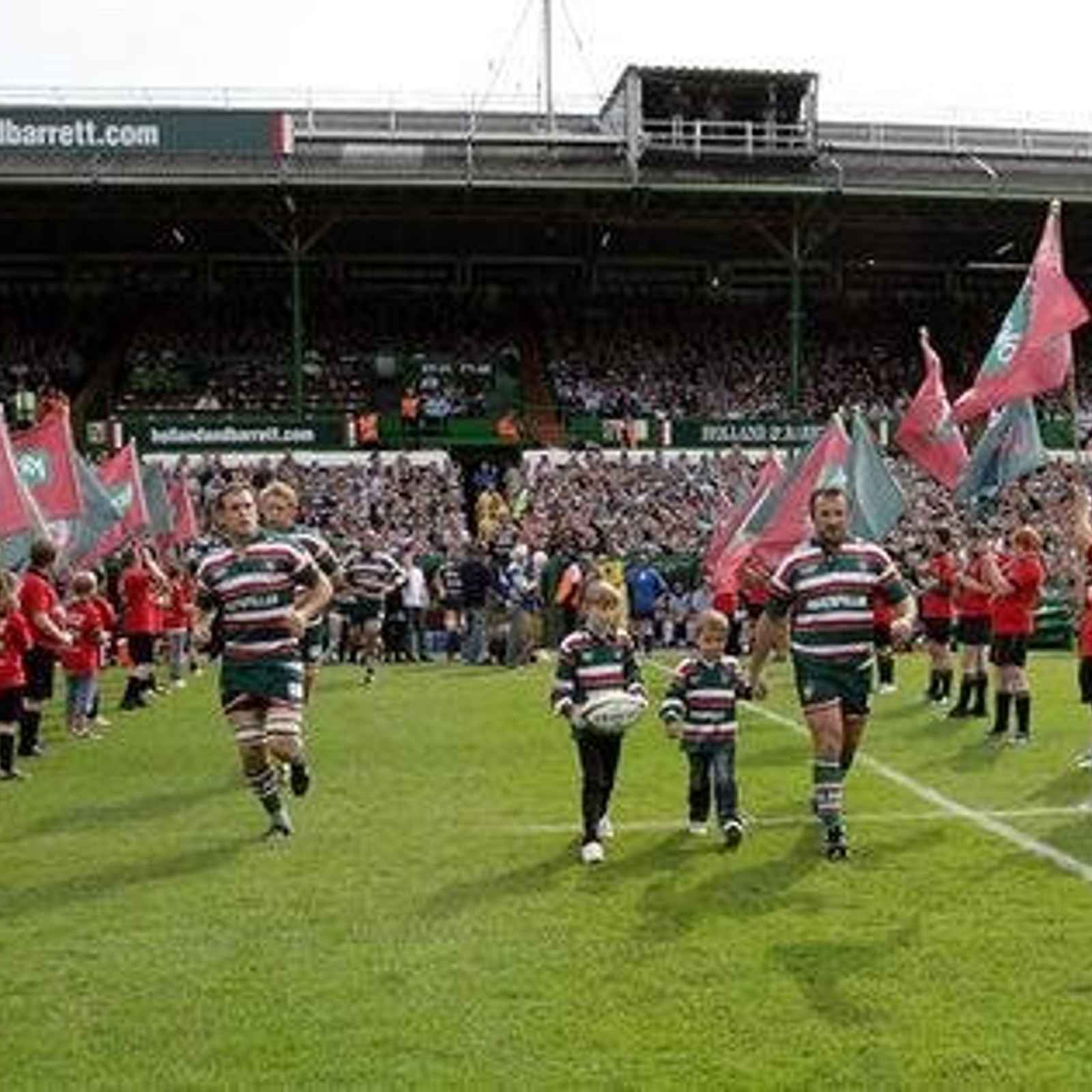 Newmarket - Guard of Honour for Tigers