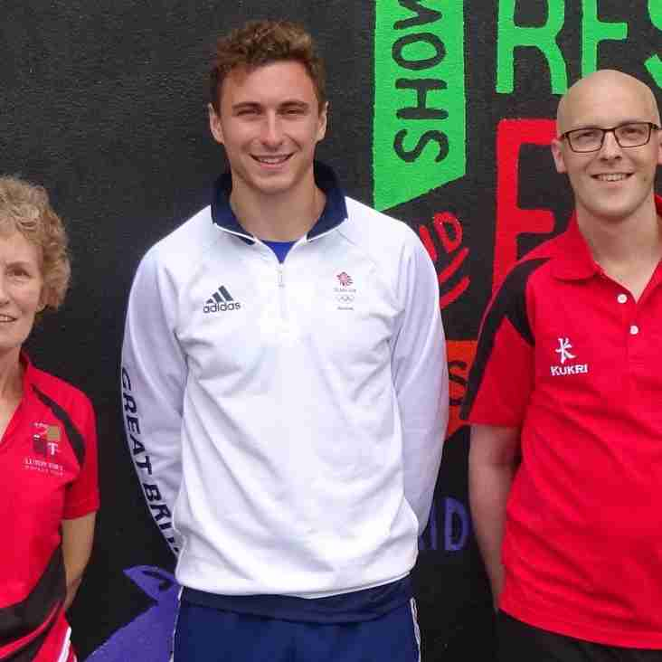 Olympic and hockey star visits Luton!