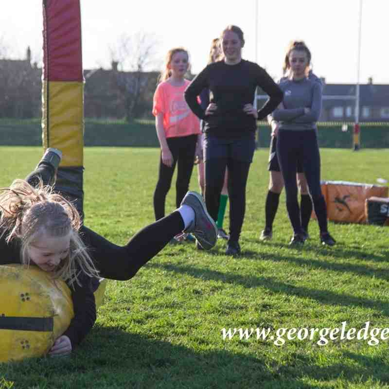Consett U'14s Girls Rugby training