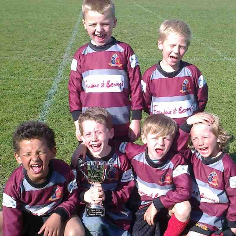 Barking U7s winning at Essex Festival-13-04-2014