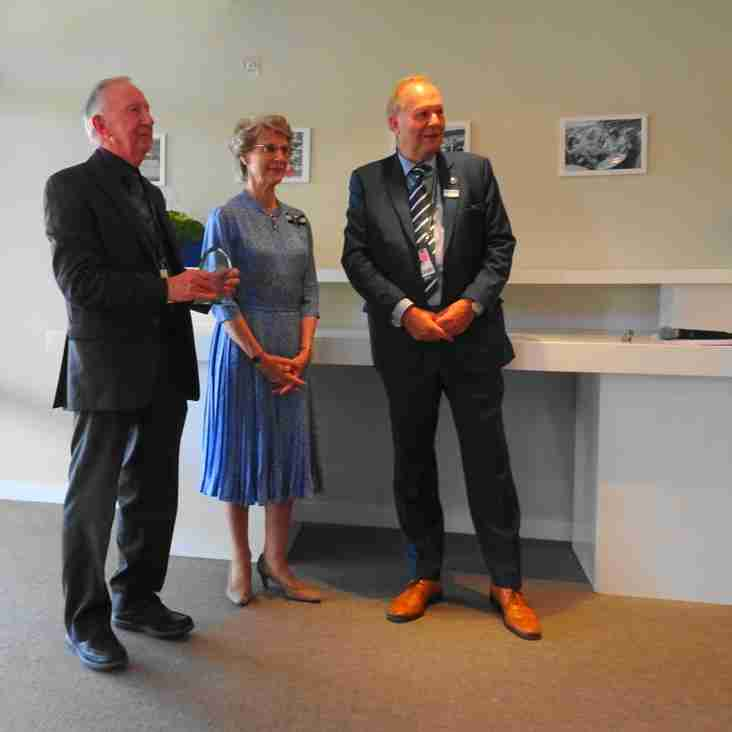 Malcolm Sidwell receives LTA Meritorious Service Award