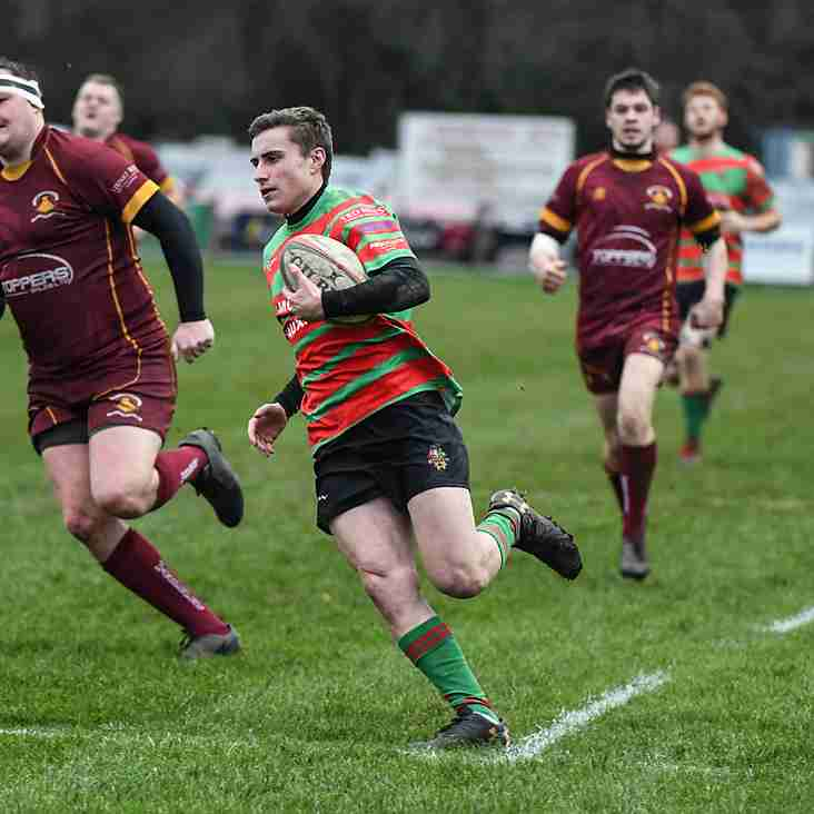 PACKER'S HAT TRICK SETS DUNVANT UP FOR 7 TRY VICTORY OVER WANDERERS