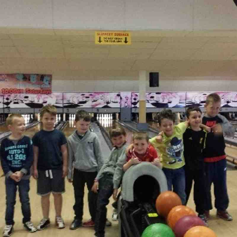boys bowling get together